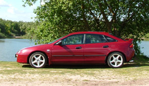 Mazda 323: технические характери…